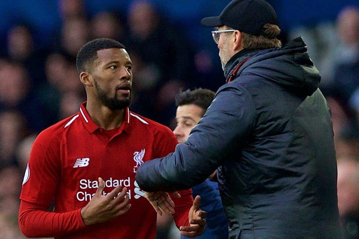 LIVERPOOL, ENGLAND - Sunday, March 3, 2019: Liverpool's Georginio Wijnaldum is given instructions by manager J¸rgen Klopp during the FA Premier League match between Everton FC and Liverpool FC, the 233rd Merseyside Derby, at Goodison Park. (Pic by Laura Malkin/Propaganda)