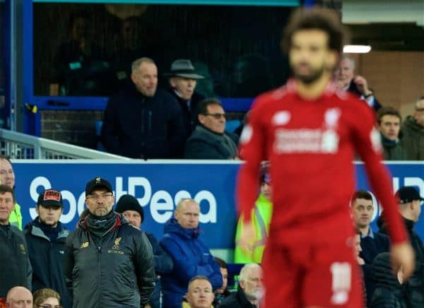 LIVERPOOL, ENGLAND - Sunday, March 3, 2019: Liverpool's manager J¸rgen Klopp looks on at Mohamed Salah during the FA Premier League match between Everton FC and Liverpool FC, the 233rd Merseyside Derby, at Goodison Park. (Pic by Paul Greenwood/Propaganda)