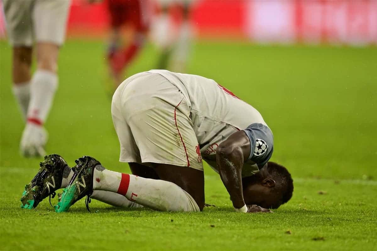 MUNICH, GERMANY - Wednesday, March 13, 2019: Liverpool's Sadio Mane kneels to pray as he celebrates scoring the third goal during the UEFA Champions League Round of 16 2nd Leg match between FC Bayern M¸nchen and Liverpool FC at the Allianz Arena. (Pic by David Rawcliffe/Propaganda)