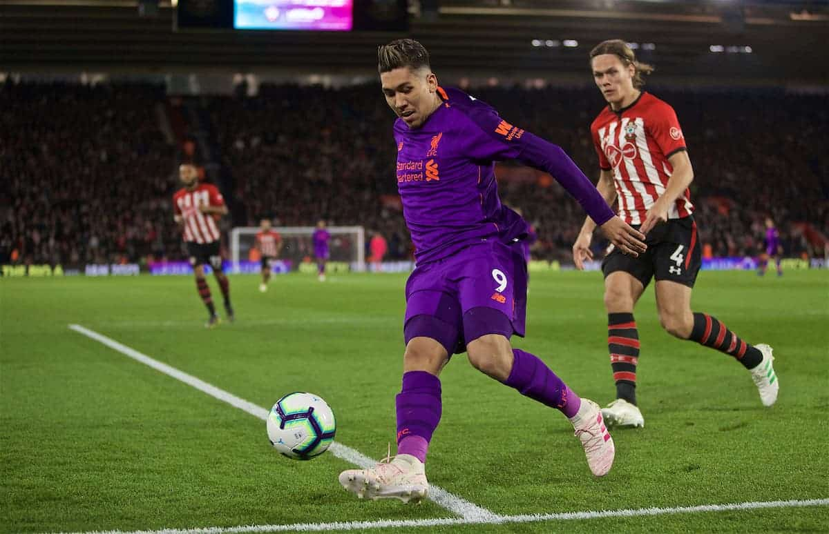 SOUTHAMPTON, ENGLAND - Friday, April 5, 2019: Liverpool's Roberto Firmino during the FA Premier League match between Southampton FC and Liverpool FC at the St. Mary's Stadium. (Pic by David Rawcliffe/Propaganda)