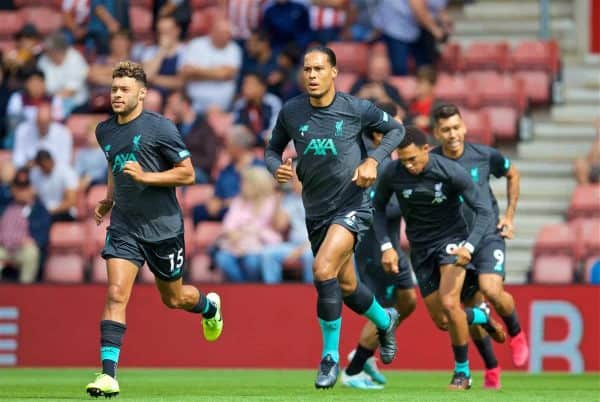 LIVERPOOL, ENGLAND - Saturday, August 17, 2019: Liverpool's Virgil van Dijk during the pre-match warm-up before the FA Premier League match between Southampton FC and Liverpool FC at St. Mary's Stadium. (Pic by David Rawcliffe/Propaganda)