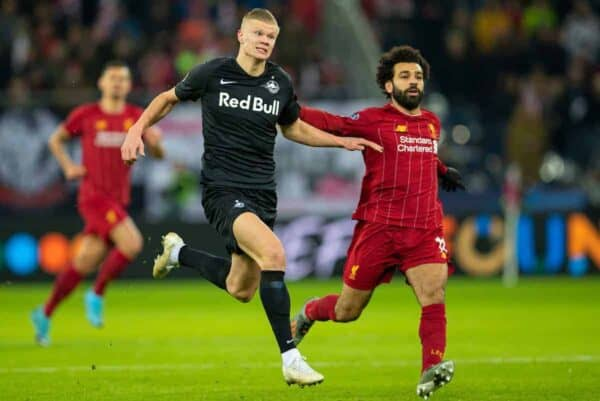 SALZBURG, AUSTRIA - Tuesday, December 10, 2019: FC Salzburg's Erling Braut Haaland (L) and Liverpool's Mohamed Salah during the final UEFA Champions League Group E match between FC Salzburg and Liverpool FC at the Red Bull Arena. (Pic by David Rawcliffe/Propaganda)