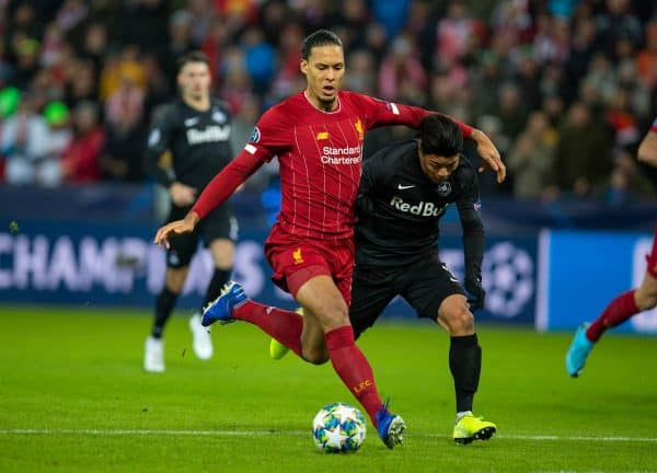 SALZBURG, AUSTRIA - Tuesday, December 10, 2019: Liverpool's Virgil van Dijk (L) and FC Salzburg's Hee-Chan Hwang during the final UEFA Champions League Group E match between FC Salzburg and Liverpool FC at the Red Bull Arena. (Pic by David Rawcliffe/Propaganda)