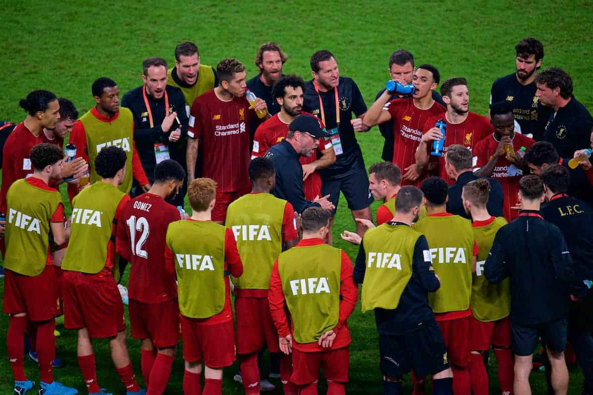 DOHA, QATAR - Saturday, December 21, 2019: Liverpool's manager Jürgen Klopp speaks to the team during the break before extra time during the FIFA Club World Cup Qatar 2019 Final match between CR Flamengo and Liverpool FC at the Khalifa Stadium. (Pic by Peter Powell/Propaganda)
