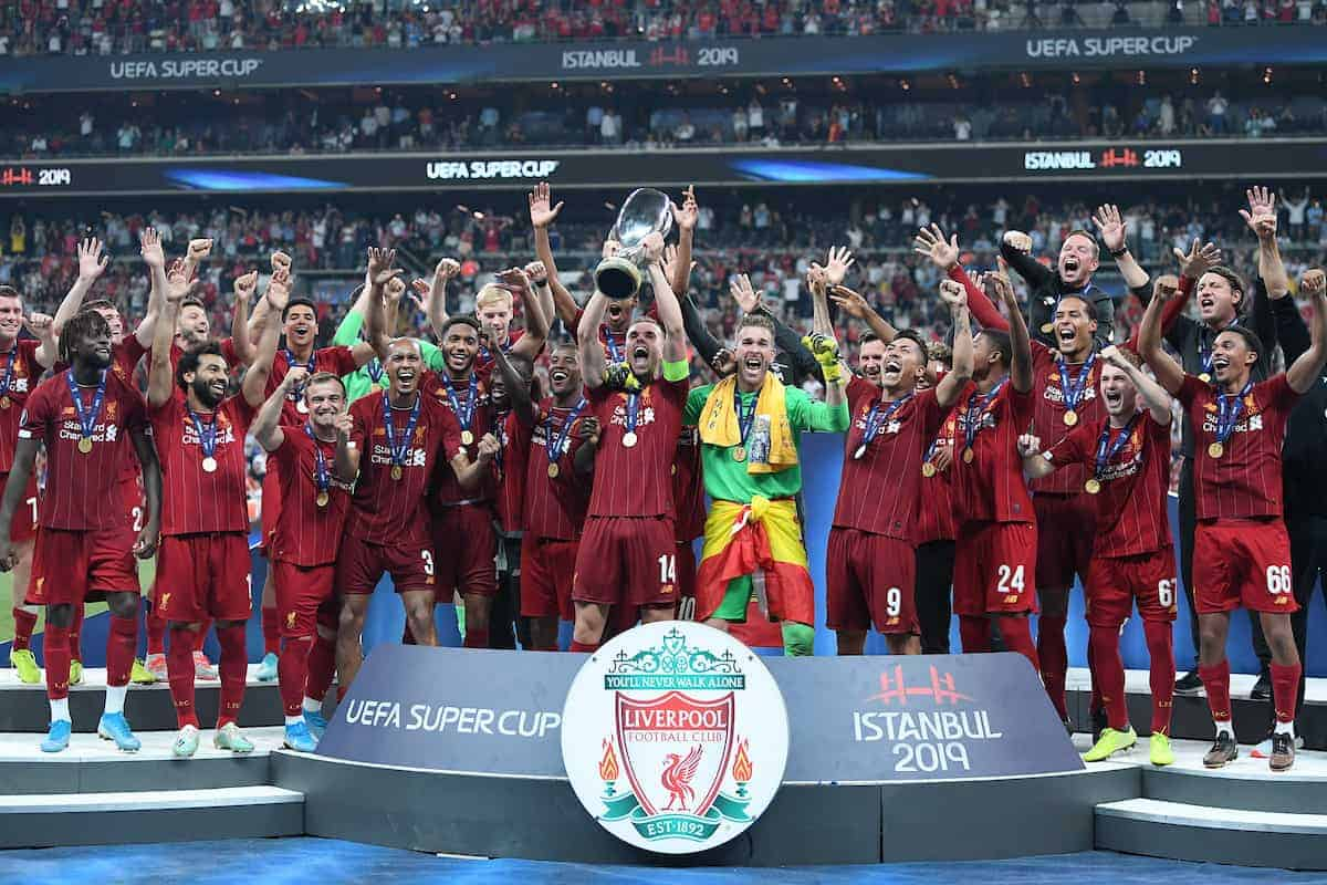 ISTANBUL, TURKEY - Wednesday, August 14, 2019: Liverpool's captain Jordan Henderson lifts the trophy after winning the Super Cup after the UEFA Super Cup match between Liverpool FC and Chelsea FC at Besiktas Park. Liverpool won 5-4 on penalties after a 1-1 draw. (Pic by Handout/UEFA)