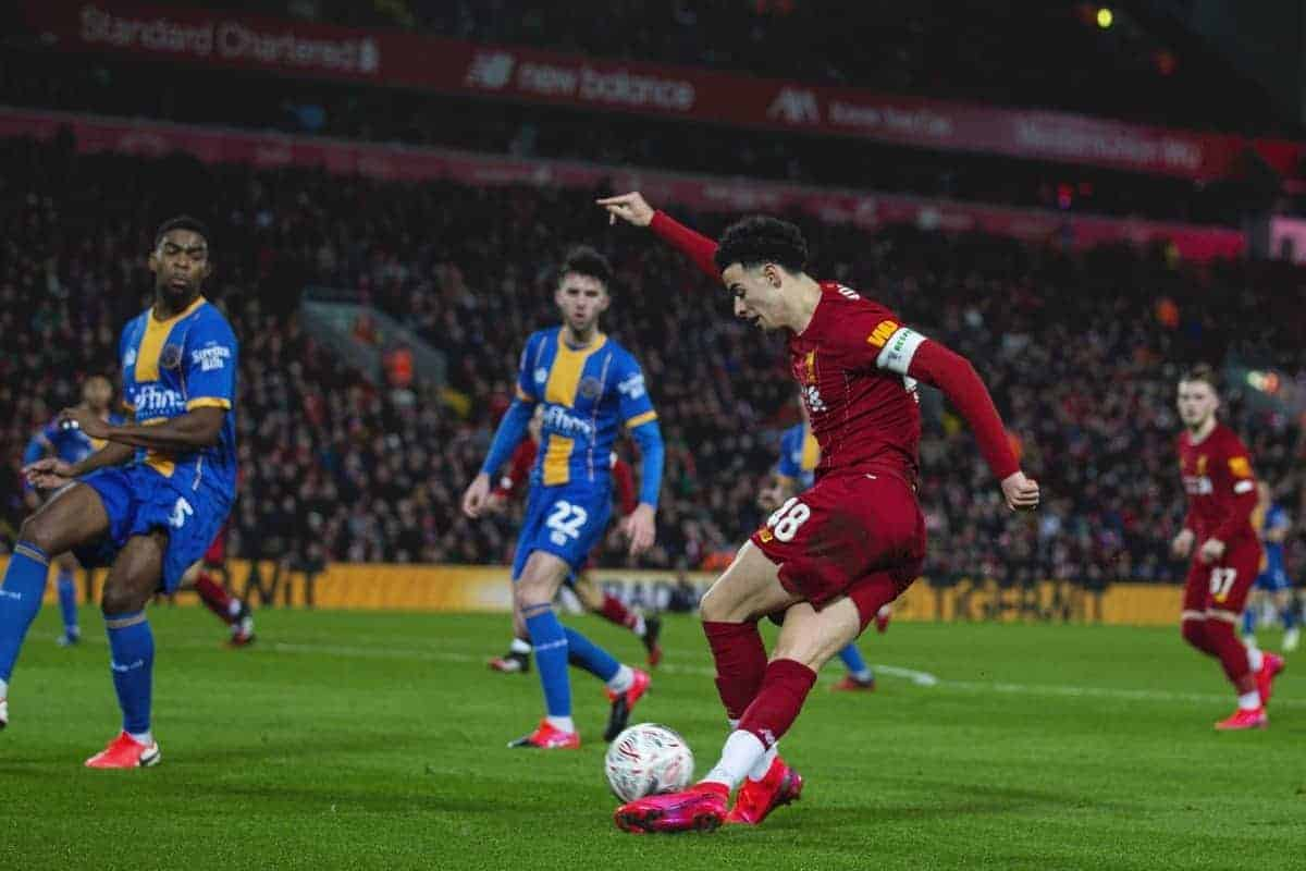 LIVERPOOL, ENGLAND - Tuesday, February 4, 2020: Liverpool's Curtis Jones crosses the ball during the FA Cup 4th Round Replay match between Liverpool FC and Shrewsbury Town at Anfield. (Pic by David Rawcliffe/Propaganda)