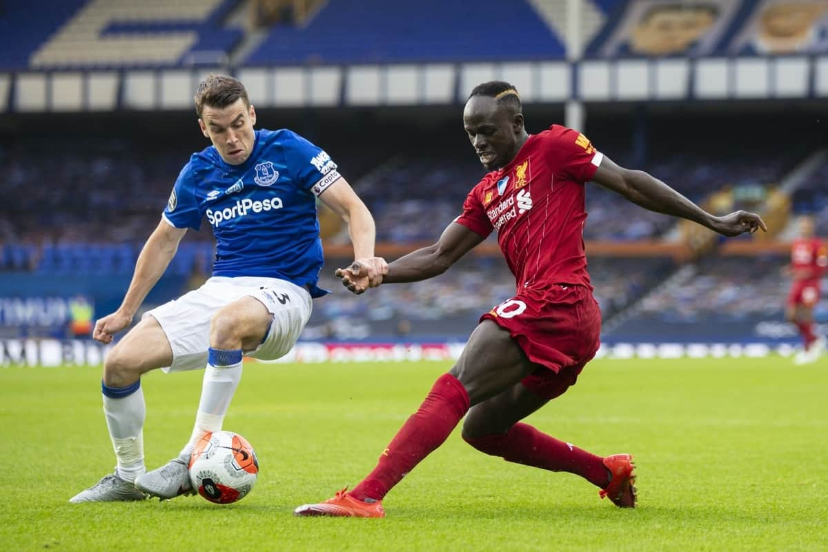 LIVERPOOL, ENGLAND - Sunday, June 21, 2019: Liverpool's Sadio Mané (R) and Everton's captain Seamus Coleman during the FA Premier League match between Everton FC and Liverpool FC, the 236th Merseyside Derby, at Goodison Park. The game was played behind closed doors due to the UK government's social distancing laws during the Coronavirus COVID-19 Pandemic. (Pic by David Rawcliffe/Propaganda)