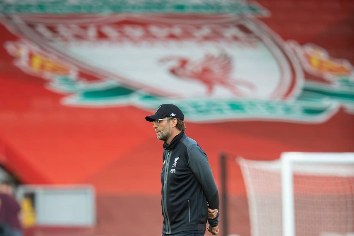 LIVERPOOL, ENGLAND - Wednesday, June 24, 2020: Liverpool's manager Jürgen Klopp during the pre-match warm-up before the FA Premier League match between Liverpool FC and Crystal Palace FC at Anfield. The game was played behind closed doors due to the UK government's social distancing laws during the Coronavirus COVID-19 Pandemic. (Pic by David Rawcliffe/Propaganda)