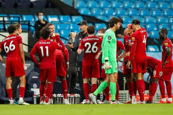 MANCHESTER, ENGLAND - Thursday, July 2, 2020: Liverpool's manager Jürgen Klopp speaks to his players during a water break during the FA Premier League match between Manchester City FC and Liverpool FC at the City of Manchester Stadium. The game was played behind closed doors due to the UK government's social distancing laws during the Coronavirus COVID-19 Pandemic. This was Liverpool's first game as Premier League 2019/20 Champions. (Pic by Propaganda)