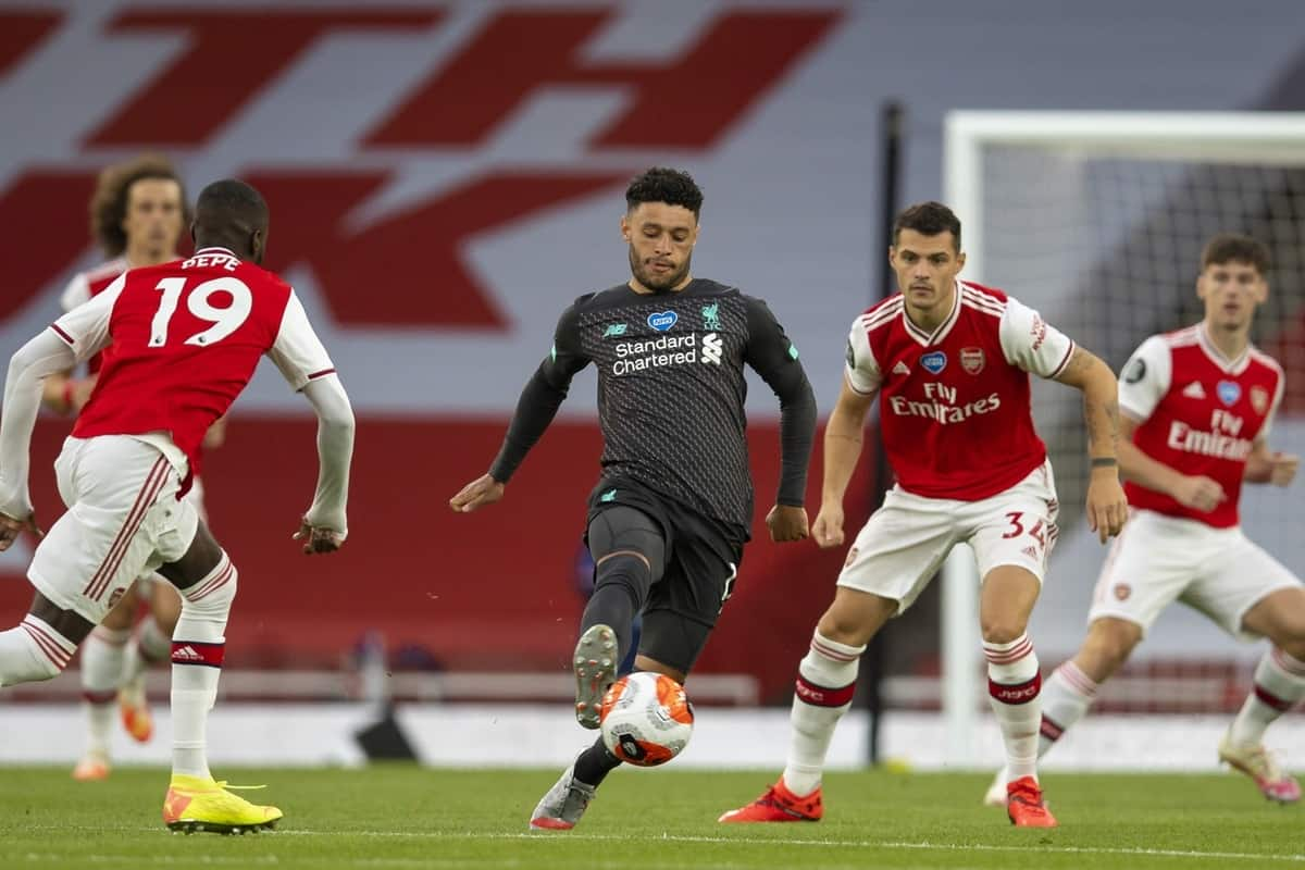 LONDON, ENGLAND - Tuesday, July 14, 2020: Liverpool's Alex Oxlade-Chamberlain during the FA Premier League match between Arsenal FC and Liverpool FC at the Emirates Stadium. The game was played behind closed doors due to the UK government's social distancing laws during the Coronavirus COVID-19 Pandemic. (Pic by David Rawcliffe/Propaganda)