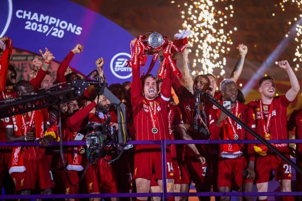 LIVERPOOL, ENGLAND - Wednesday, July 22, 2020: Liverpool's captain Jordan Henderson lifts the FA Premier League trophy after the FA Premier League match between Liverpool FC and Chelsea FC at Anfield. The game was played behind closed doors due to the UK government's social distancing laws during the Coronavirus COVID-19 Pandemic. (Pic by David Rawcliffe/Propaganda)