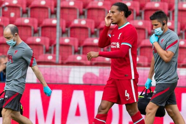 SALZBURG, AUSTRIA - Tuesday, August 25, 2020: Liverpool's Virgil van Dijk goes off injured during a preseason friendly match between FC Red Bull Salzburg and Liverpool FC at the Red Bull Arena. (Pic by Propaganda)
