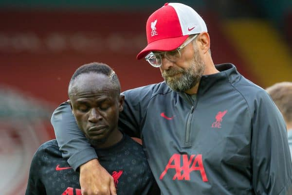 LIVERPOOL, ENGLAND - Saturday, September 12, 2020: Liverpool's manager Jürgen Klopp (R) and Sadio Mané during the pre-match warm-up before the opening FA Premier League match between Liverpool FC and Leeds United FC at Anfield. The game was played behind closed doors due to the UK government's social distancing laws during the Coronavirus COVID-19 Pandemic. (Pic by David Rawcliffe/Propaganda)