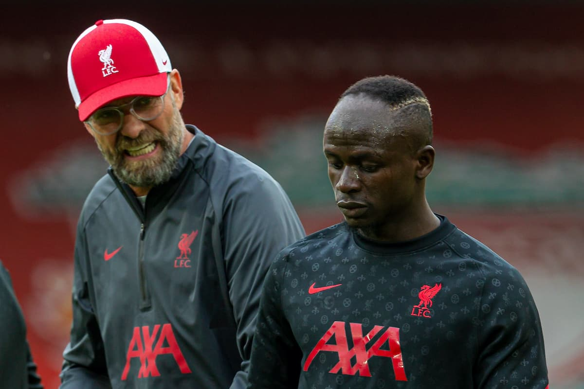 LIVERPOOL, ENGLAND - Saturday, September 12, 2020: Liverpool's manager Jürgen Klopp speaks with Sadio Mané (R) during the pre-match warm-up before the opening FA Premier League match between Liverpool FC and Leeds United FC at Anfield. The game was played behind closed doors due to the UK government's social distancing laws during the Coronavirus COVID-19 Pandemic. (Pic by David Rawcliffe/Propaganda)