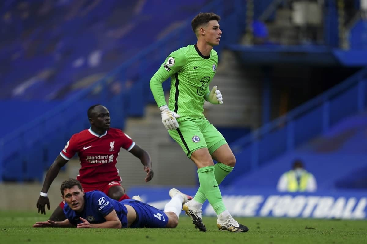 LONDON, ENGLAND - Sunday, September 20, 2020: Liverpool's Sadio Mané is fouled by captain Andreas Christensen, who was later shown a red card after a VAT review, during the FA Premier League match between Chelsea FC and Liverpool FC at Stamford Bridge. The game was played behind closed doors due to the UK government's social distancing laws during the Coronavirus COVID-19 Pandemic. (Pic by Propaganda)