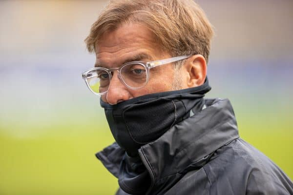 LIVERPOOL, ENGLAND - Saturday, October 17, 2020: Liverpool's manager Jürgen Klopp, wearing a face mask, before the FA Premier League match between Everton FC and Liverpool FC, the 237th Merseyside Derby, at Goodison Park. The game was played behind closed doors due to the UK government's social distancing laws during the Coronavirus COVID-19 Pandemic. (Pic by David Rawcliffe/Propaganda)