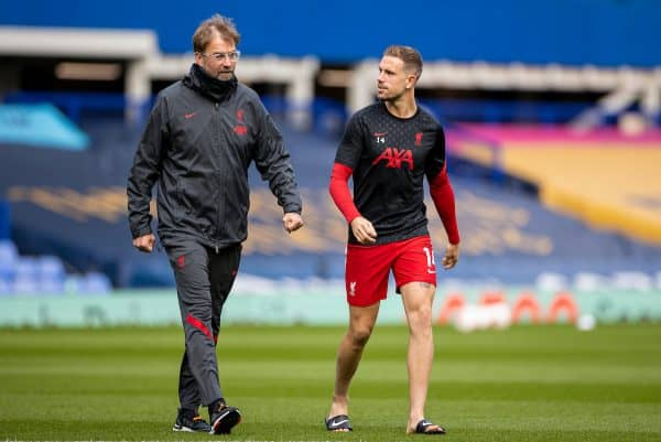 LIVERPOOL, ENGLAND - Saturday, October 17, 2020: Liverpool's manager Jürgen Klopp (L) and captain Jordan Henderson before the FA Premier League match between Everton FC and Liverpool FC, the 237th Merseyside Derby, at Goodison Park. The game was played behind closed doors due to the UK government's social distancing laws during the Coronavirus COVID-19 Pandemic. (Pic by David Rawcliffe/Propaganda)