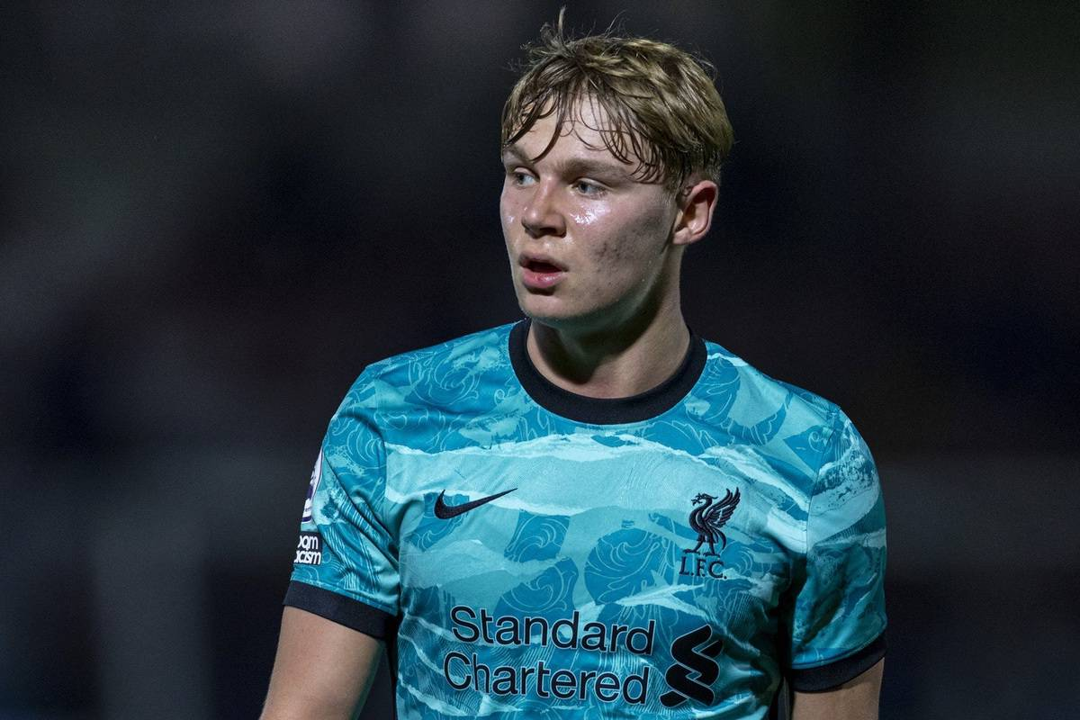 LONDON, ENGLAND - Friday, October 30, 2020: Liverpool's substitute Paul Glatzel during the Premier League 2 Division 1 match between Arsenal FC Under-23's and Liverpool FC Under-23's at Meadow Park. (Pic by David Rawcliffe/Propaganda)