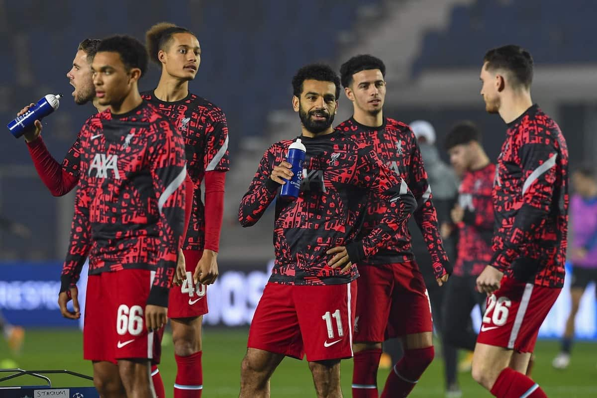 BERGAMO, ITALY - Tuesday, November 3, 2020: Liverpool's Mohamed Salah (C) during the pre-match warm-up before the UEFA Champions League Group D match between Atalanta BC and Liverpool FC at the Stadio di Bergamo. (Pic by Simone Arveda/Propaganda)