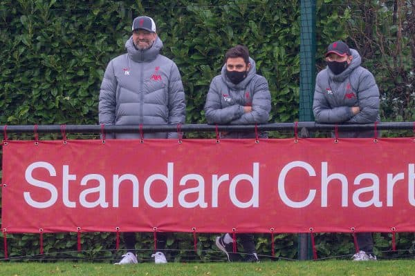 KIRKBY, ENGLAND - Saturday, November 21, 2020: Liverpool's manager Jürgen Klopp watches with his staff during the Premier League 2 Division 1 match between Liverpool FC Under-23's and Southampton FC Under-23's at the Liverpool Academy. (Pic by David Rawcliffe/Propaganda)