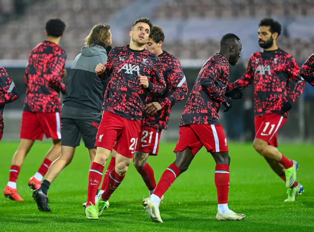 HERNING, DENMARK - Wednesday, December 9, 2020: Liverpool's Diogo Jota during the pre-match warm-up before the UEFA Champions League Group D match between FC Midtjylland and Liverpool FC at the Herning Arena. (Pic by Lars Møller/Propaganda)