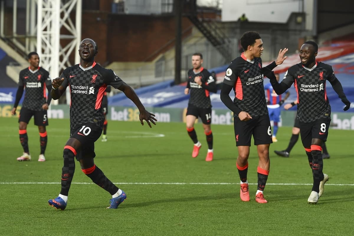 LONDON, ENGLAND - Saturday, December 19, 2020: Liverpool's Sadio Mané celebrates after scoring the second goal during the FA Premier League match between Crystal Palace FC and Liverpool FC at Selhurst Park. (Pic by David Rawcliffe/Propaganda)