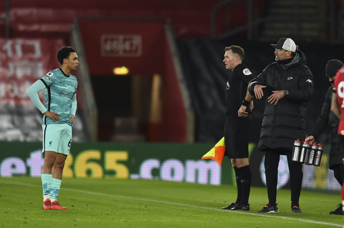 SOUTHAMPTON, ENGLAND - Monday, January 4, 2021: Liverpool's manager Jürgen Klopp (R) and Trent Alexander-Arnold during the FA Premier League match between Southampton FC and Liverpool FC at St Mary's Stadium. (Pic by Propaganda)