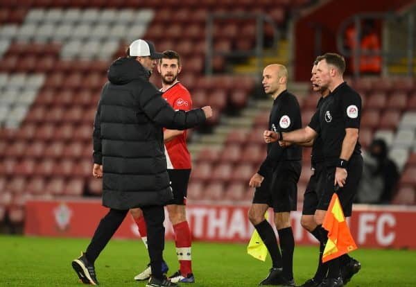 SOUTHAMPTON, ENGLAND - Monday, January 4, 2021: Liverpool's manager Jürgen Klopp fist bumps referee Andre Marriner after the FA Premier League match between Southampton FC and Liverpool FC at St Mary's Stadium. (Pic by Propaganda)
