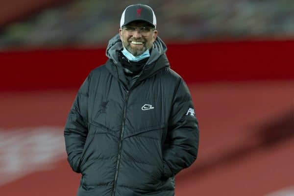 LIVERPOOL, ENGLAND - Sunday, January 24, 2021: Liverpool's manager Jürgen Klopp smiles during the pre-match warm-up before the FA Cup 4th Round match between Manchester United FC and Liverpool FC at Old Trafford. (Pic by David Rawcliffe/Propaganda)