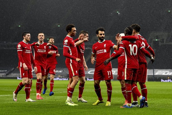 LONDON, ENGLAND - Thursday, January 28, 2021: Liverpool's Sadio Mané (R) celebrates with team-mates after scoring the third goal during the FA Premier League match between Tottenham Hotspur FC and Liverpool FC at the Tottenham Hotspur Stadium. (Pic by Propaganda)