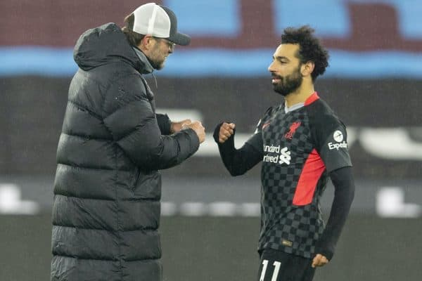 LONDON, ENGLAND - Sunday, January 31, 2021: Liverpool's manager Jürgen Klopp (L) and Mohamed Salah after the FA Premier League match between West Ham United FC and Liverpool FC at the London Stadium. Liverpool won 3-1. (Pic by David Rawcliffe/Propaganda)