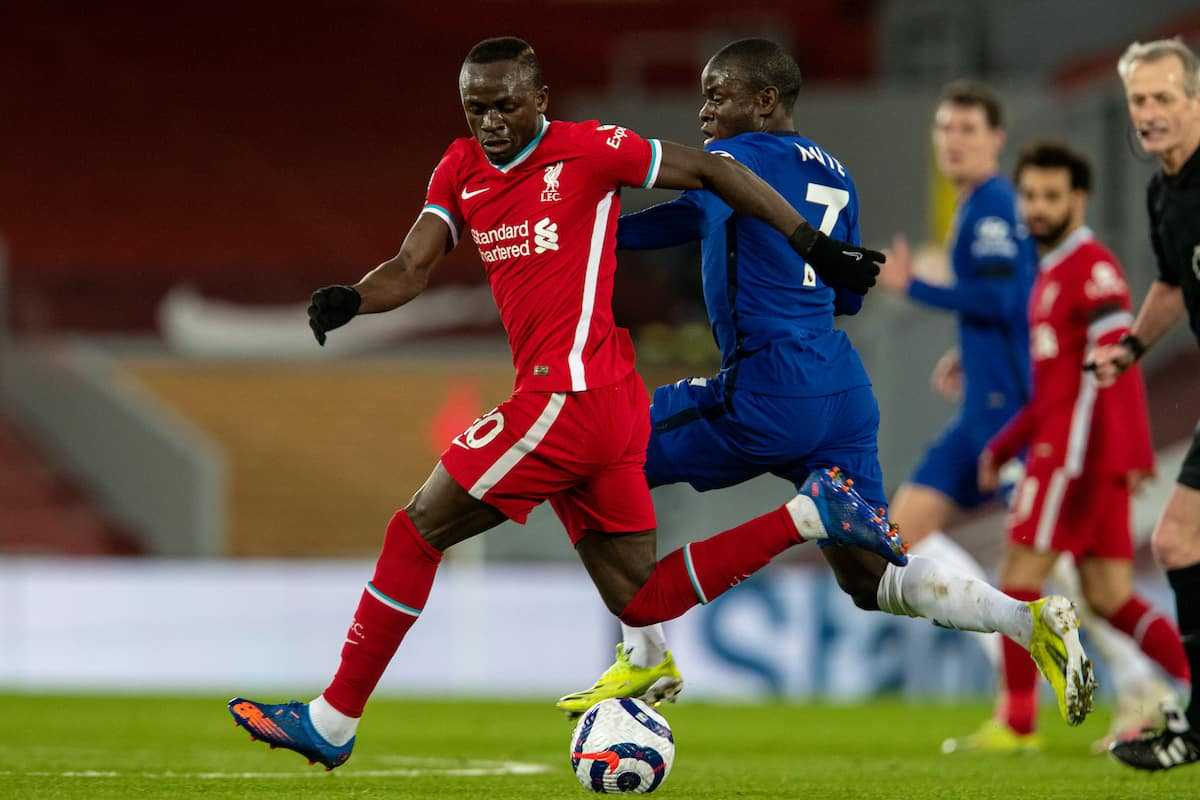 LIVERPOOL, ENGLAND - Thursday, March 4, 2021: Liverpool's Sadio Mané (L) and Chelsea's N'Golo Kante? during the FA Premier League match between Liverpool FC and Chelsea FC at Anfield. (Pic by David Rawcliffe/Propaganda)