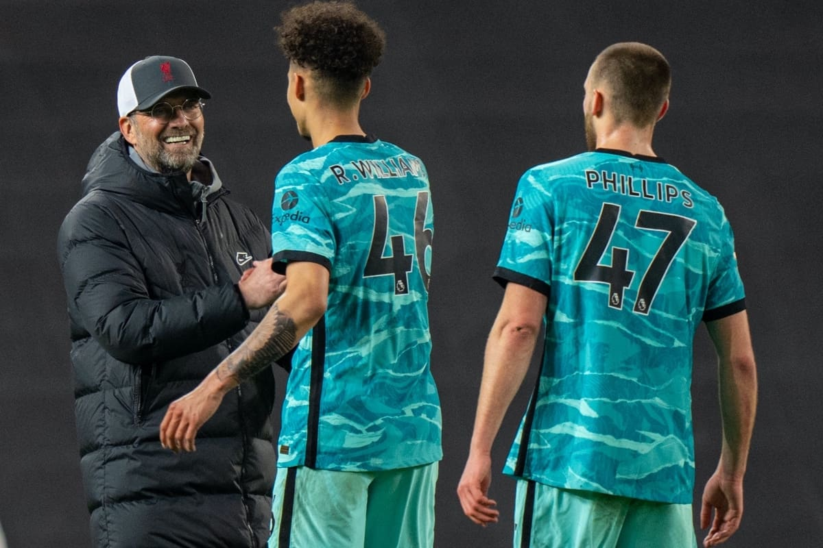 MANCHESTER, ENGLAND - Thursday, May 13, 2021: Liverpool's manager Jürgen Klopp celebrates with Rhys Williams after the FA Premier League match between Manchester United FC and Liverpool FC at Old Trafford. Liverpool won 4-2. (Pic by David Rawcliffe/Propaganda)