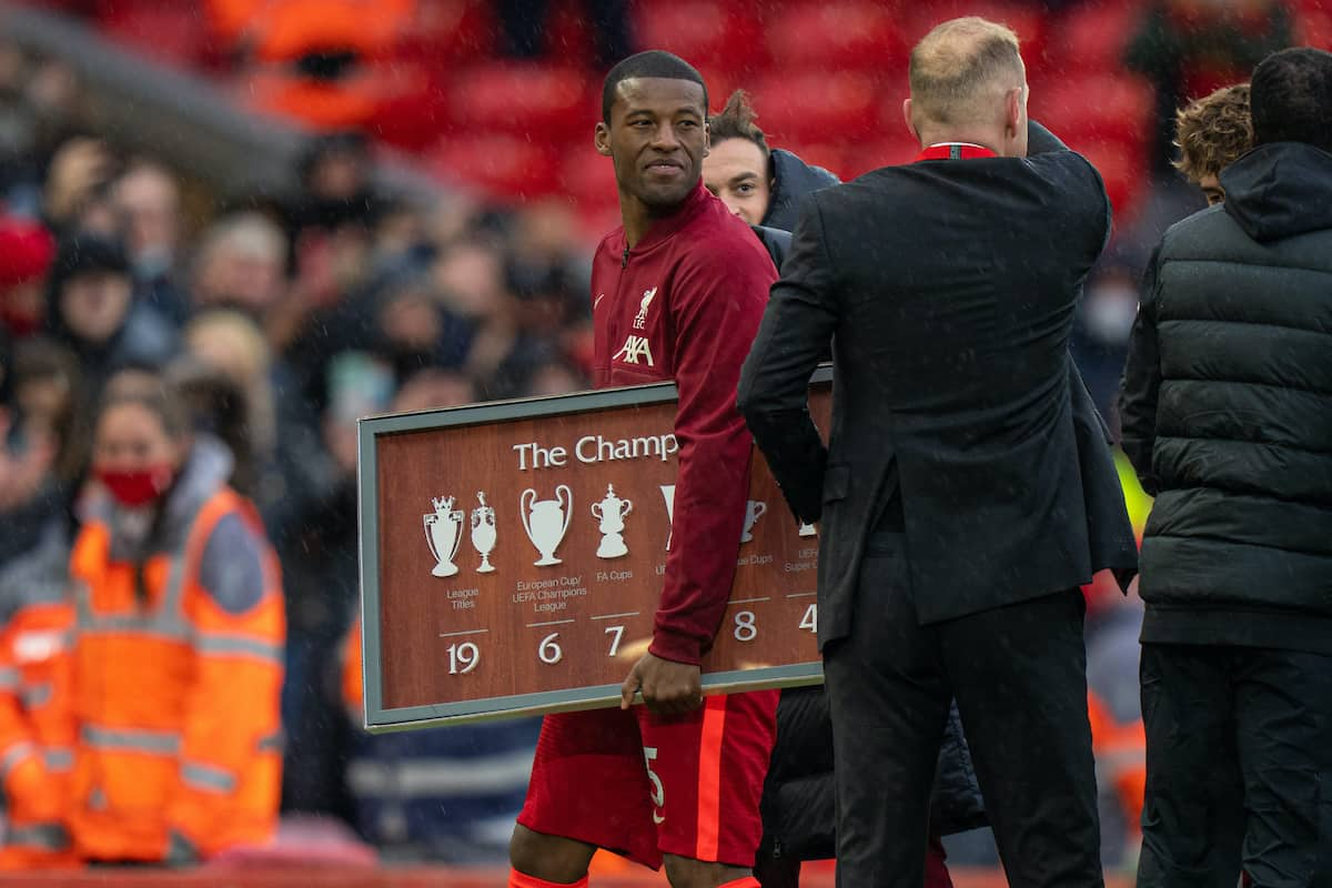 LIVERPOOL, ENGLAND - Sunday, May 23, 2021: Liverpool's Georginio Wijnaldum is given a send off by his team-mates after the final FA Premier League match between Liverpool FC and Crystal Palace FC at Anfield. (Pic by David Rawcliffe/Propaganda)
