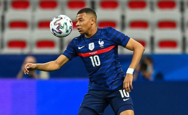 NICE, FRANCE - Wednesday, June 2, 2021: France's Kylian Mbappé during an international friendly match between France and Wales at the Stade Allianz Riviera ahead of the UEFA Euro 2020 tournament. (Pic by Simone Arveda/Propaganda)