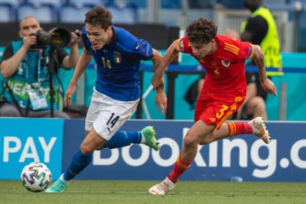 ROME, ITALY - Sunday, June 20, 2021: Italy's Federico Chiesa (L) and Wales' Neco Williams during the UEFA Euro 2020 Group A match between Italy and Wales at the Stadio Olimpico. (Photo by David Rawcliffe/Propaganda)