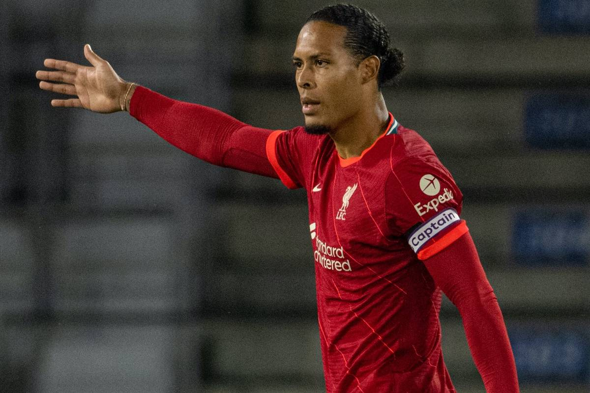 INNSBRUCK, AUSTRIA - Thursday, July 29, 2021: Liverpool's captain Virgil van Dijk makes his return from a long injury lay off as a substitute during a pre-season friendly match between Liverpool FC and Hertha BSC at the Tivoli Stadion. (Pic by Jürgen Faichter/Propaganda)