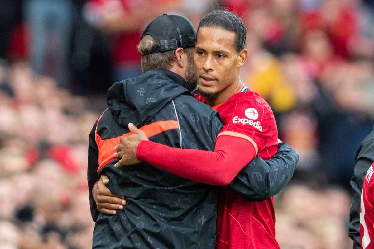 LIVERPOOL, ENGLAND - Sunday, August 8, 2021: Liverpool's Virgil van Dijk embraces manager Jürgen Klopp as he is substituted during a pre-season friendly match between Liverpool FC and Athletic Club de Bilbao at Anfield. (Pic by David Rawcliffe/Propaganda)
