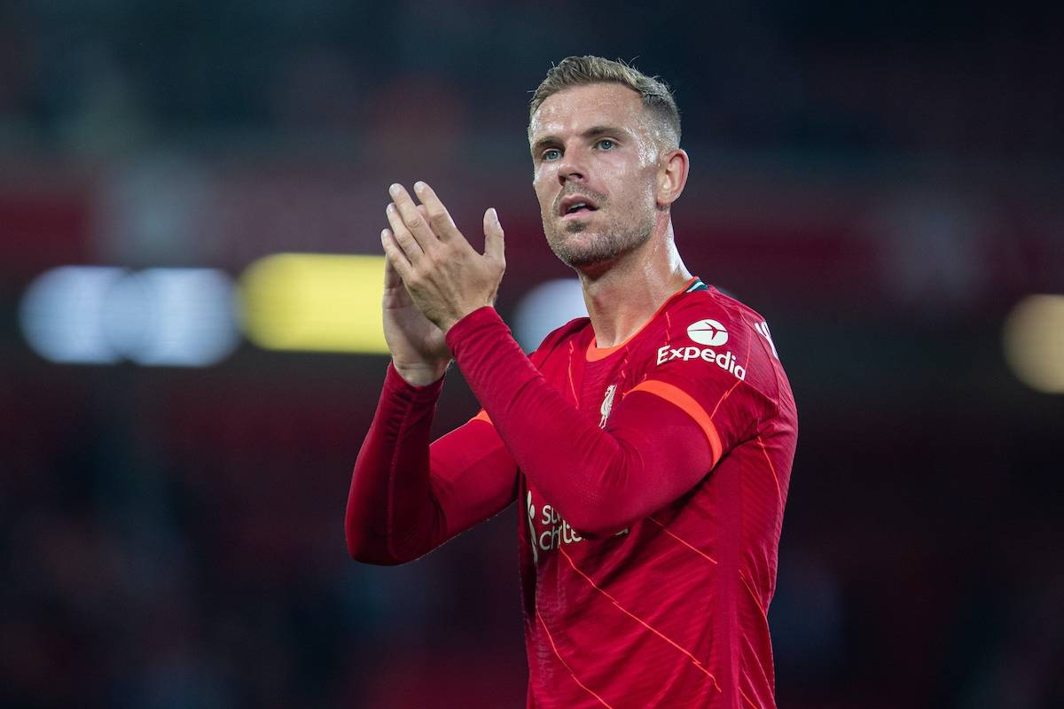 LIVERPOOL, ENGLAND - Monday, August 9, 2021: Liverpool's captain Jordan Henderson applauds the supporters after a pre-season friendly match between Liverpool FC and Club Atlético Osasuna at Anfield. Liverpool won 3-1. (Pic by David Rawcliffe/Propaganda)