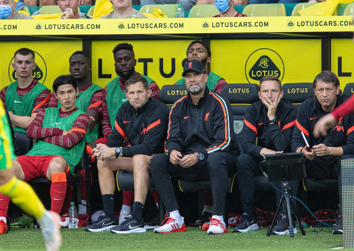 NORWICH, ENGLAND - Saturday, August 14, 2021: Liverpool's manager Jürgen Klopp during the FA Premier League match between Norwich City FC and Liverpool FC at Carrow Road. (Pic by David Rawcliffe/Propaganda)