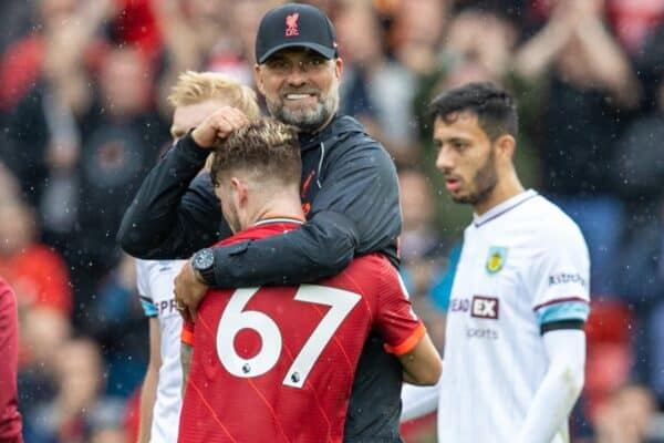 LIVERPOOL, ENGLAND - Saturday, August 21, 2021: Liverpool's manager Jürgen Klopp embraces Harvey Elliott after the FA Premier League match between Liverpool FC and Burnley FC at Anfield. (Pic by David Rawcliffe/Propaganda)