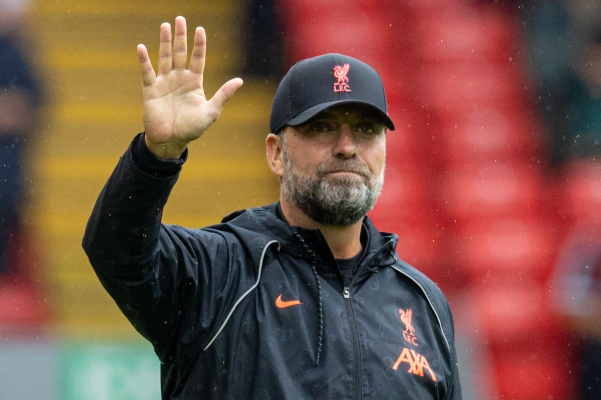 LIVERPOOL, ENGLAND - Saturday, August 21, 2021: Liverpool's manager Jürgen Klopp waves to supporters before the FA Premier League match between Liverpool FC and Burnley FC at Anfield. (Pic by David Rawcliffe/Propaganda)