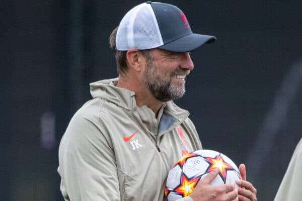 LIVERPOOL, ENGLAND - Tuesday, September 14, 2021: Liverpool's manager Jürgen Klopp checks out the new balls during a training session at the AXA Training Centre ahead of the UEFA Champions League Group B Matchday 1 game between Liverpool FC and AC MIlan. (Pic by David Rawcliffe/Propaganda)