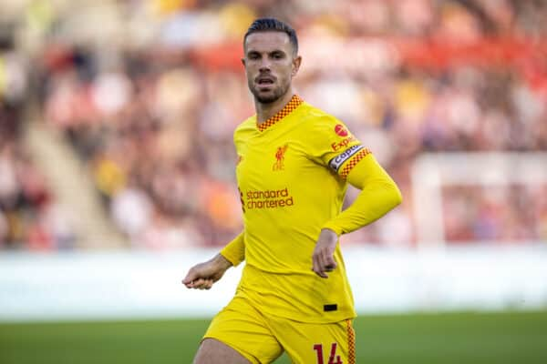 LONDON, ENGLAND - Saturday, September 25, 2021: Liverpool's captain Jordan Henderson during the FA Premier League match between Brentford FC and Liverpool FC at the Brentford Community Stadium. (Pic by David Rawcliffe/Propaganda)