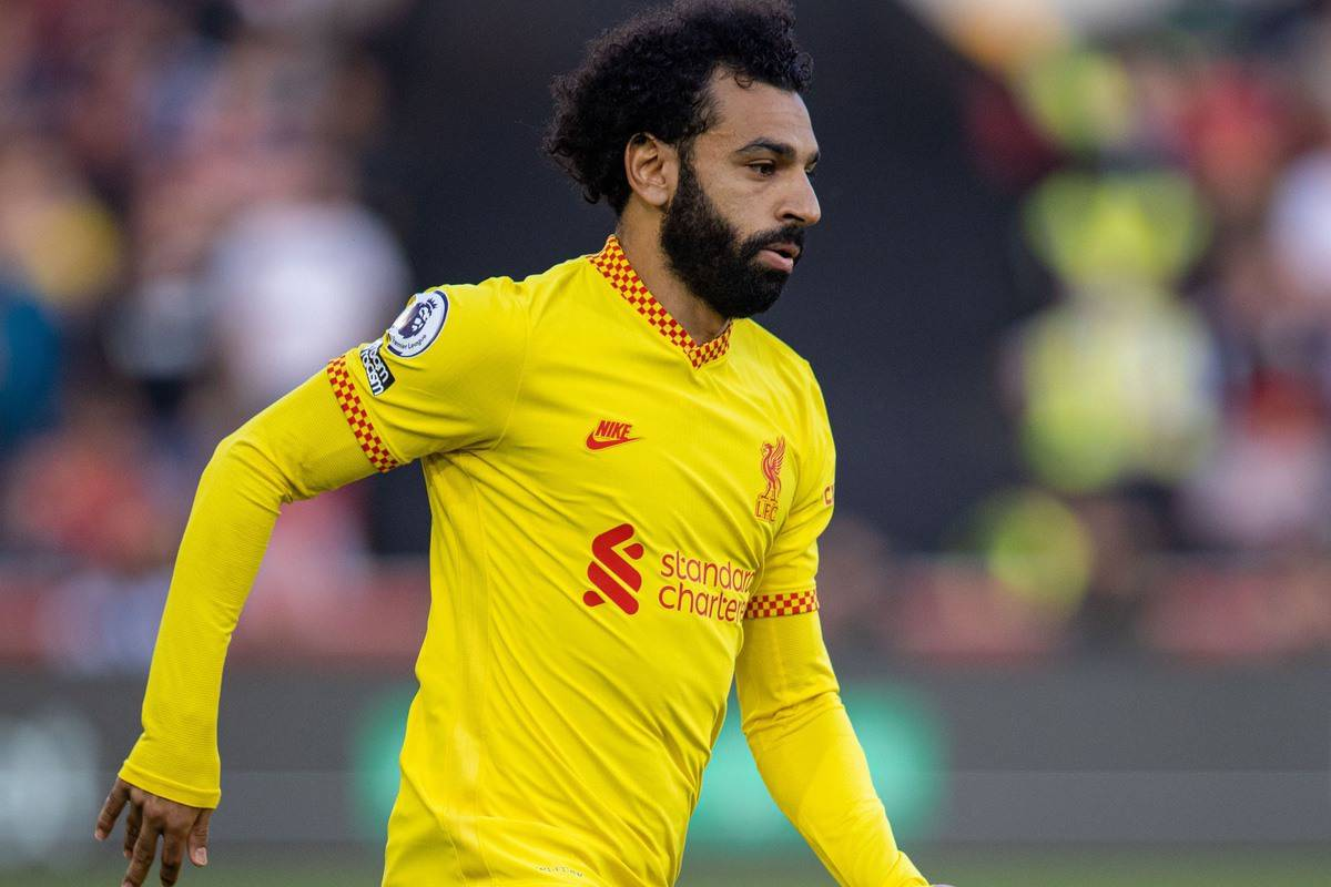 LONDON, ENGLAND - Saturday, September 25, 2021: Liverpool's Mohamed Salah during the FA Premier League match between Brentford FC and Liverpool FC at the Brentford Community Stadium. (Pic by David Rawcliffe/Propaganda)