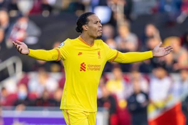 LONDON, ENGLAND - Saturday, September 25, 2021: Liverpool's Virgil van Dijk during the FA Premier League match between Brentford FC and Liverpool FC at the Brentford Community Stadium. (Pic by David Rawcliffe/Propaganda)