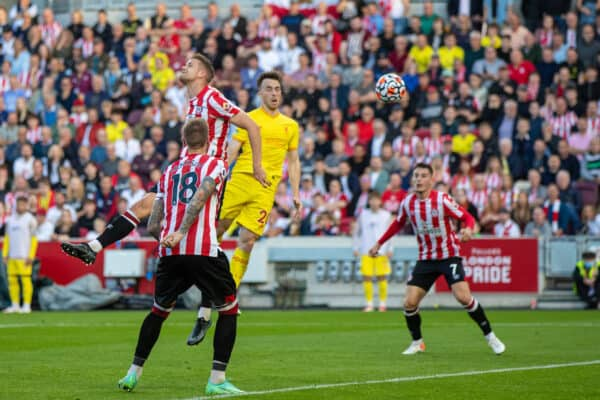 LONDON, ENGLAND - Saturday, September 25, 2021: Liverpool's Diogo Jota scores the first equalising goal with a header during the FA Premier League match between Brentford FC and Liverpool FC at the Brentford Community Stadium. (Pic by David Rawcliffe/Propaganda)