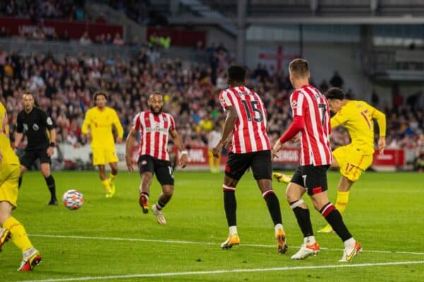 LONDON, ENGLAND - Saturday, September 25, 2021: Liverpool's Curtis Jones scores the third goal during the FA Premier League match between Brentford FC and Liverpool FC at the Brentford Community Stadium. (Pic by David Rawcliffe/Propaganda)