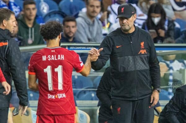 PORTO, PORTUGAL - Tuesday, September 28, 2021: No hat-trick for Liverpool's Mohamed Salah as the two goal hero is substituted by manager Jürgen Klopp during the UEFA Champions League Group B Matchday 2 game between FC Porto and Liverpool FC at the Estádio do Dragão. (Pic by David Rawcliffe/Propaganda)
