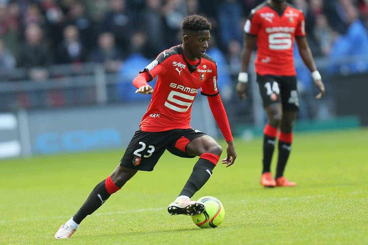 Rennes' Ousmane Dembele dribbles the ball during his French League One soccer match against Guingamp, Sunday, April 17, 2016, in Rennes, western France. (AP Photo/David Vincent)